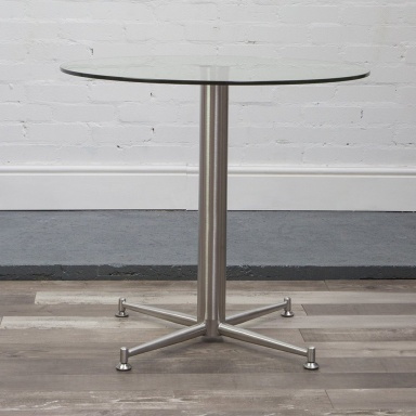 Cortina glass dining table